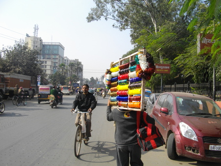 maidan: Street Photo, Gandhi Maidan. Shot at Gandhi Maidan, Patna, morning hours on 19.12.14. Editorial