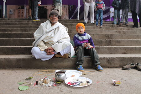 rites: Pindidan, Hindu last rites at Punpun.  Shot at morning hours on 25.012,14 at Punpun, Bihar, India.