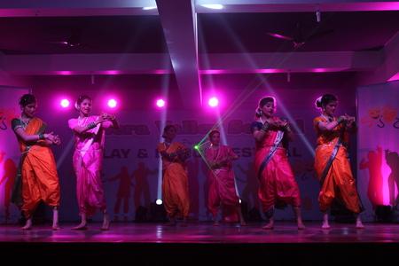 An evening at Litera Valley School. Travel Patna series. Shot at evening hours at Patna, India on 17.01.15. Zdjęcie Seryjne - 35879755