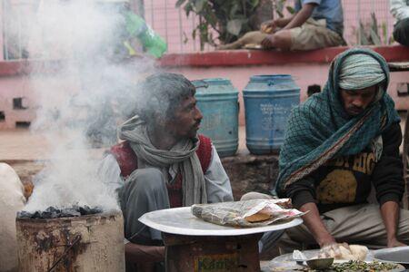 bihar: Poor Indian street dweller. Shot at morning hours at Gandhi Maidan, Patna, Bihar, India on 12.02.15.