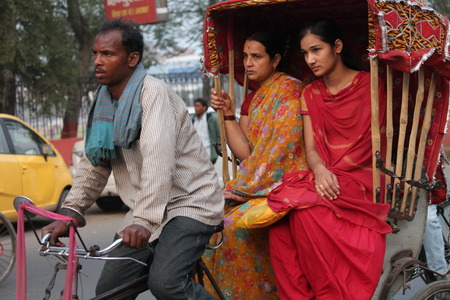 rikscha: Reisen in indischen Rikscha. Geschossen auf Gandhi Maidan, Patna, Bihar am Nachmittagsstunden auf 2015.02.19.