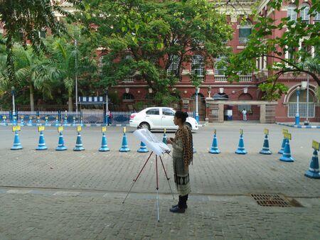 Artist at work. Kolkata morning March 2017.