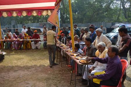 Kolkata, India. 08th January 2018. Naga Sadhus, devotees and rituals at Ganga Sagar Shivir, Outram Ghat transit camp for Ganga Sagar Mela 2018.