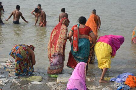 Kolkata, India. 08th January 2018. Naga Sadhus, devotees and rituals at Ganga Sagar Shivir, Outram Ghat transit camp for Ganga Sagar Mela 2018. Stock Photo - 93042396