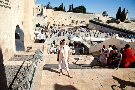 JERUSALEM - NOVEMBER 8: People pray at the Western Wall on Nov. 8, 2010 in Jerusalem, Israel. Stock Photo - 8321780