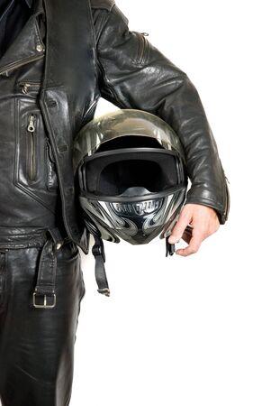 the rider: biker moto con casco alzato su un bianco