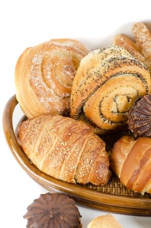 pasteleria francesa: Alimentos de panader�a sobre un fondo blanco Foto de archivo