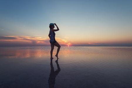 soltería: Belleza puesta de sol en el lago salado