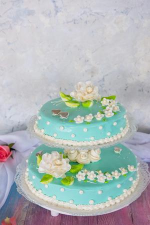 Tasty beauty wedding cake with flowers