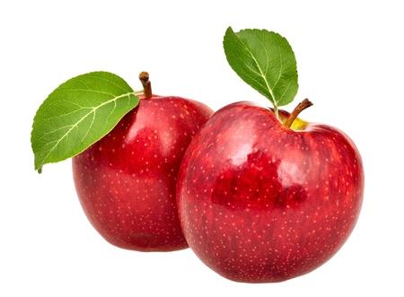 manzana roja: Dos manzanas rojas con hojas Foto de archivo
