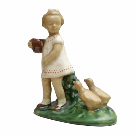 An old ceramic sculpture. Girl with anchovies and a jug on a white background. Banco de Imagens - 120590984