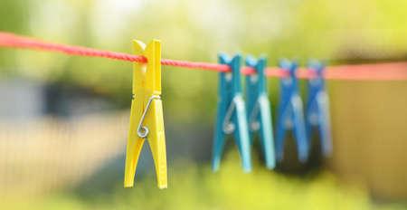 Nahaufnahme von Wäscheklammern