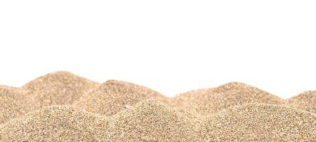 Sandhaufen isoliert auf weißem Hintergrund Standard-Bild - 43339786