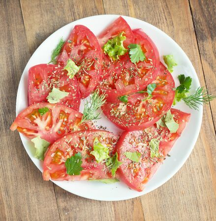 summer tomato salad with spices