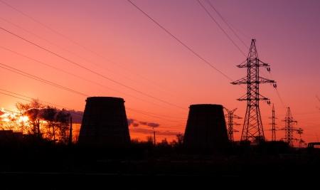 industrial landscape: paesaggio industriale al tramonto