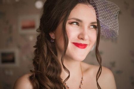 soft focus: closeup retrato de la novia hermosa - foco suave
