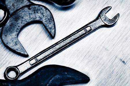 手のツールです。傷、さびた、古い。クローズ アップ。青の色合い。 写真素材