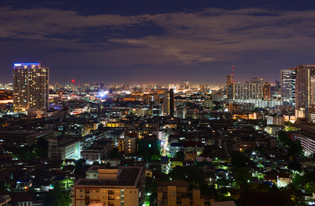 noisy: BANGKOK, THAILAND - SEPTEMBER 8, 2015: Noisy and colorful life-filled streets of Bangkok.