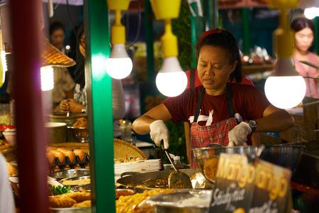 BANGKOK, THAILAND - July 5, 2017: Night food market in downtown of Bangkok near Central World shopping mall. 報道画像