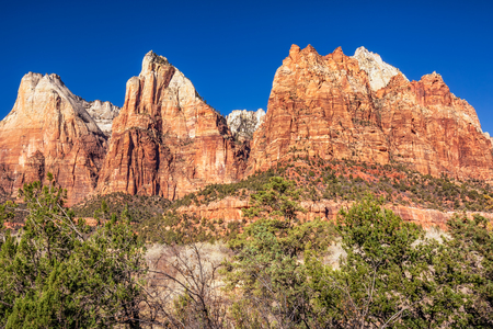 VIiew of the Three Patriarchs, Zion National Park, USA Imagens