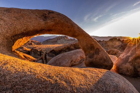Mobius Arch in Lone Pine view on sunrise at Alabama Hills, Eastern Sierra Nevada Mountains, Lone Pine, California, USA. 写真素材