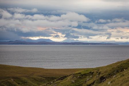 Beautiful autumn panoramic landscape in Scotland, wet weather outside 版權商用圖片