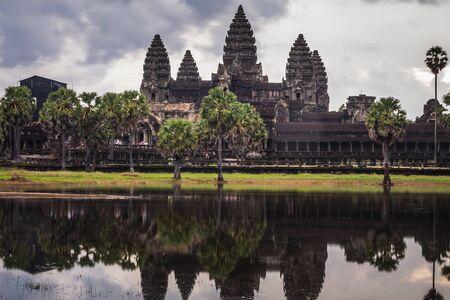 Cloudy day over Angkor Wat, Siem Reap, Cambodia. 版權商用圖片