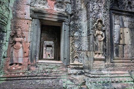 Ornated walls of the temple ruins at Angkor Wat, Siem Reap, Cambodia. 版權商用圖片