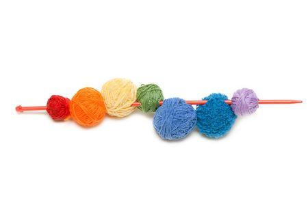 spoke: Ball of the colour threads strung on spoke
