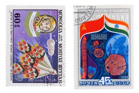 tereshkova: MONGOLIA - CIRCA 1982: Un timbro stampato in MONGOLIA, mostra lo spazio mongolo Shuudan Tereshkova, circa 1982 URSS - CIRCA 1984: Un timbro stampato in URSS, mostra la cooperazione nello spazio, Russia, India, intorno al 1984