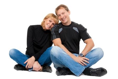 position d amour: Beau couple dans l'amour assis en position du lotus, isoler sur blanc