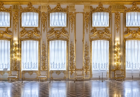 castle interior: Windows ballroom of the Catherine Palace, St. Petersburg, Russia