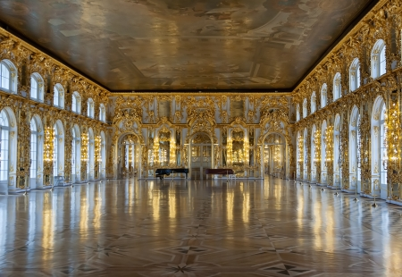 st petersburg: Katherines Palace hall in Tsarskoe Selo (Pushkin), Russia Editorial