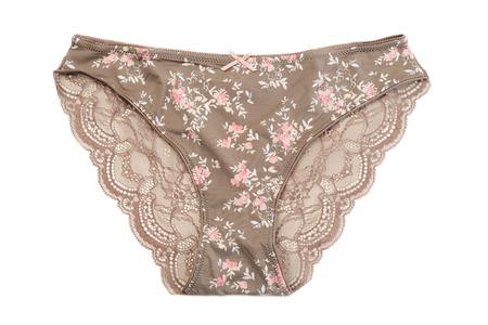 cotton panties: Ropa interior de algod�n marr�n. Aislar en blanco.