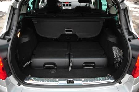 New car inside. Clean car interior. Black back seats transformer in sedan. Car cleaning theme. Standard-Bild - 116293978