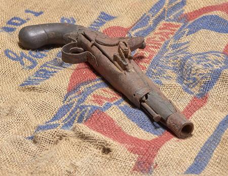 artefacts: Flintlock Pistol