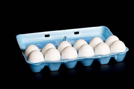 extra large: One dozen Grade A extra large white eggs in carton