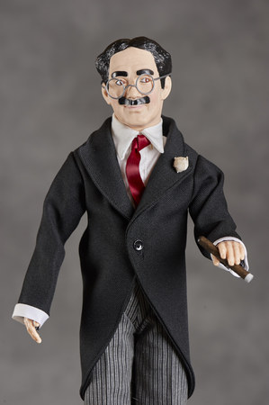 Figurinesdolls representing famous past comedians and showmen