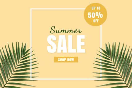 Hot price summer sale flatlay. Summer sale banner. Special offer poster discount on the yellow background with green palm leaves. Фото со стока