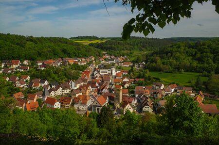 Monsheim is a town or village.