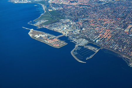Vue aérienne de la côte de la ville de Malmö en Suède