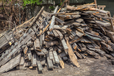 pile of old and used wooden planks 스톡 콘텐츠