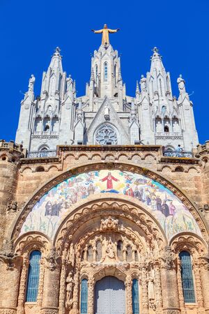 Temple of the Sacred Heart of Jesus on Tibidabo mountain in Barcelona Imagens