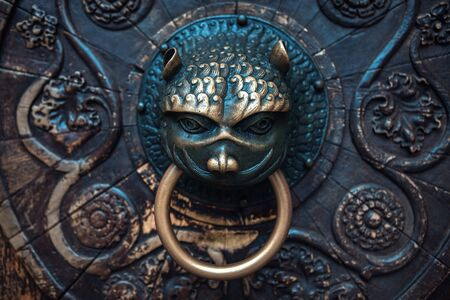 monster doorknob made by bronze 스톡 콘텐츠