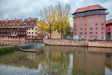 Pegnitz river and houses in Nuremberg 스톡 콘텐츠