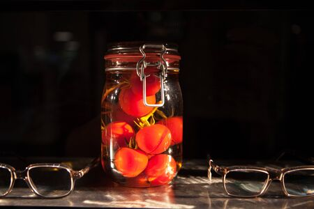 composition made by tomatoes and glasses 스톡 콘텐츠