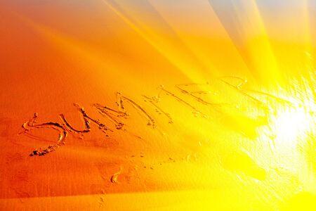 inscription summer on the sandy beach Zdjęcie Seryjne - 138044063