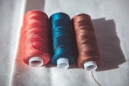 spools of thread for tailoring