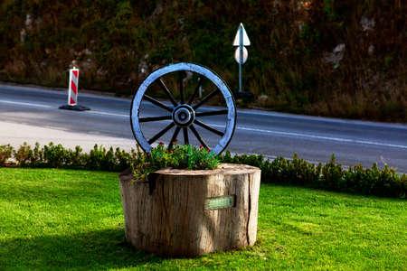 The cart wheel monument . Symbol of transportation
