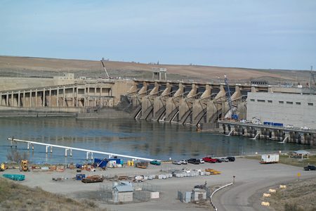 ice dam: Ice Harbor Dam
